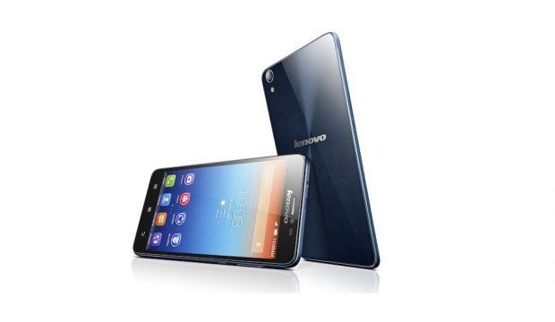 Lenovo lanseaza 5 smartphone-uri in Romania, unul cu autonomie de 3 zile. Compania ataca UE pornind din est