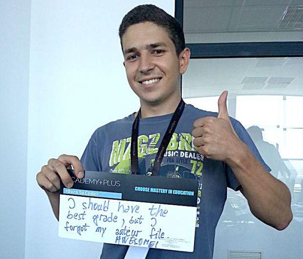 (P) Aviz pasionatilor de informatica: ACADEMY+PLUS pregateste programatori de elita