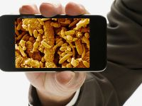 Cum cureti corect ecranul telefonului mobil. VIDEO