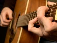 Cum ne face mai destepti muzica. Iata ce se intampla la nivelul creierului