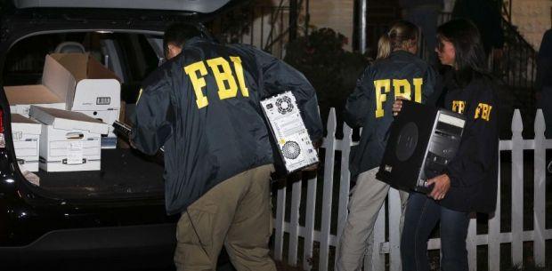 Un fost sef de la FBI avertizeaza:  Apple si Google vor provoca moartea oamenilor