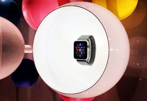 Prima aparitie publica a noului Apple Watch. Semnul ca va fi primul smartwatch de lux din lume