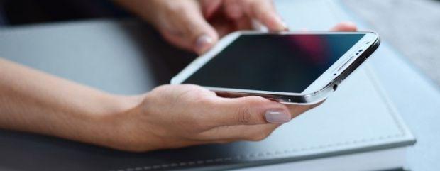 Snowball, aplicatia care combina mesajele intr-un singur inbox