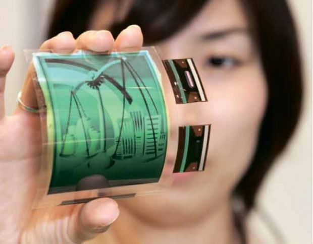 Samsung va lansa mai putine telefoane anul viitor. Lucreaza, in schimb, la displayuri flexibile
