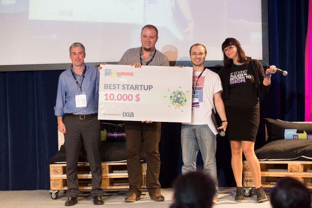 Axosuits, startup care creaza exoscheleti, marele castigator al How to Web Startup Spotlight 2014
