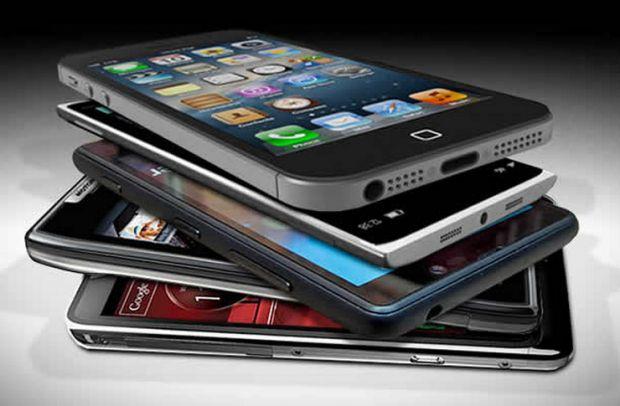 Peste 600 de telefoane au fost lansate in 2014! Iata-le pe cele mai bune 3! Care e telefonul anului