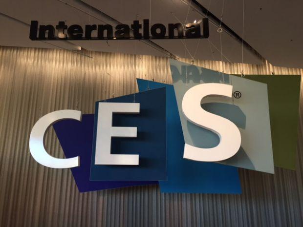 "CES 2015, locul in care SF-ul a devenit realitate! Cum arata ghetele din ""Inapoi in viitor"", sau castile inspirate din Iron Man"
