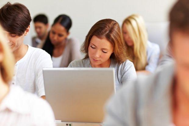 Endava angajeaza 100 de programatori in Pitesti. Ce limbaje de programare se cauta