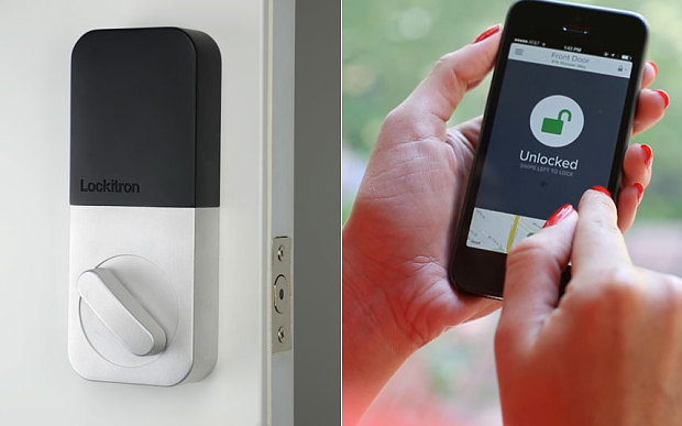A fost inventat un mod de a deschide usa casei cu telefonul! Cum poti face asta. VIDEO