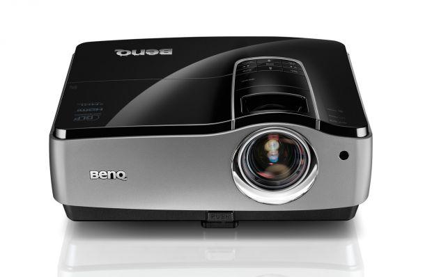 BenQ lanseaza proiectorul profesional SU917 dedicat segmentului business