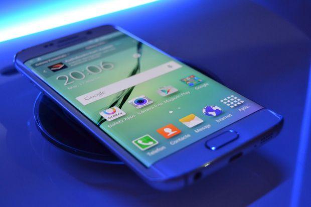 Samsung a lansat Galaxy S6 si S6 Edge in Romania. Hands-on cu cele doua telefoane. VIDEO