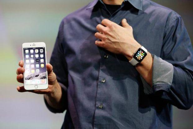 Ce s-ar putea intampla cand primesti un telefon pe Apple Watch VIDEO