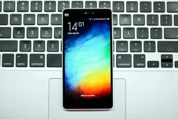 Un nou telefon de top abia a fost lansat! Are specificatii foarte tari si e ieftin!