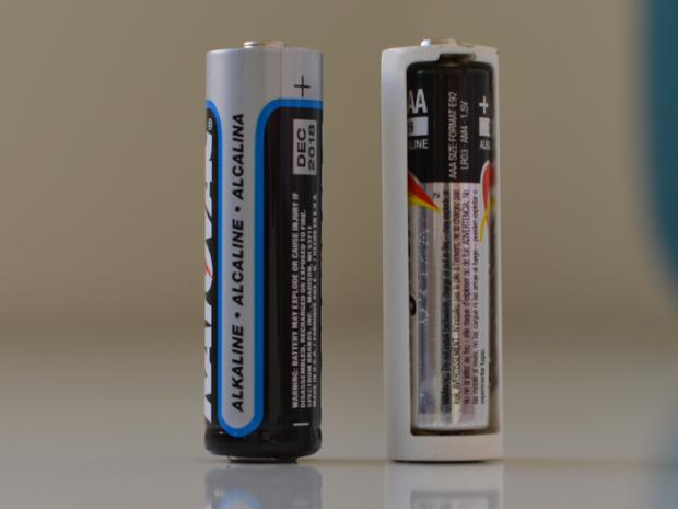 Trucul simplu pe care putini in stiu: Cum iti dai seama daca o baterie e buna sau nu