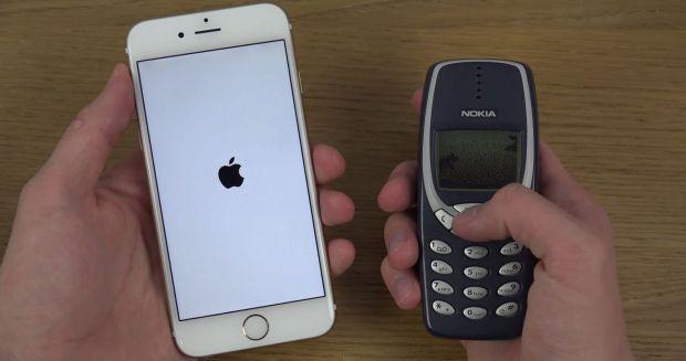 Batalia secolului: iPhone 6 vs Nokia 3310! Nimeni nu ar fi anticipat un asemenea rezultat