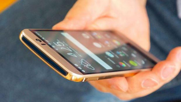 Dezastru pentru HTC dupa lansarea One M9! Cota la Bursa e la nivelul din 2005, scadere de 50% in 2015