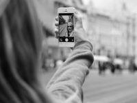 A vrut sa isi faca un selfie, dar a fost greseala vietii.  Nici pentru 1 milion de like-uri nu trebuie sa faci asta