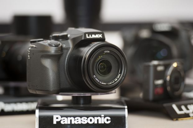F64 si Panasonic lanseaza in Romania cele mai noi echipamente Lumix: GX8 si FZ300