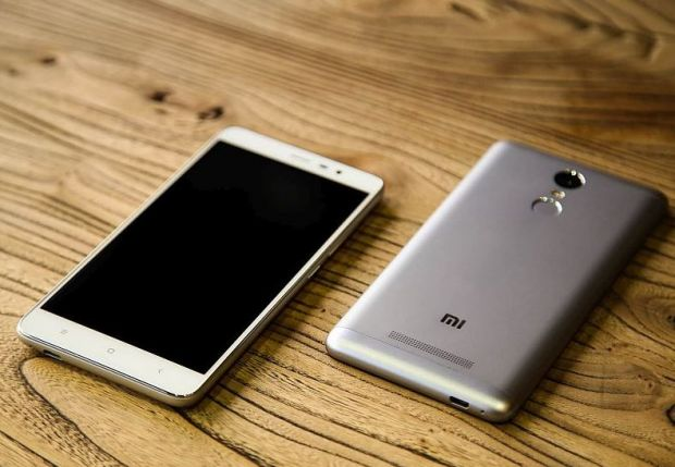 Xiaomi a anuntat Redmi Note 3, un telefon puternic cu o baterie de 4.000 mAh. Cat va costa