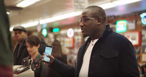 Samsung face misto de Apple intr-o noua reclama! Ultimul capitol la care se dueleaza cei doi granzi
