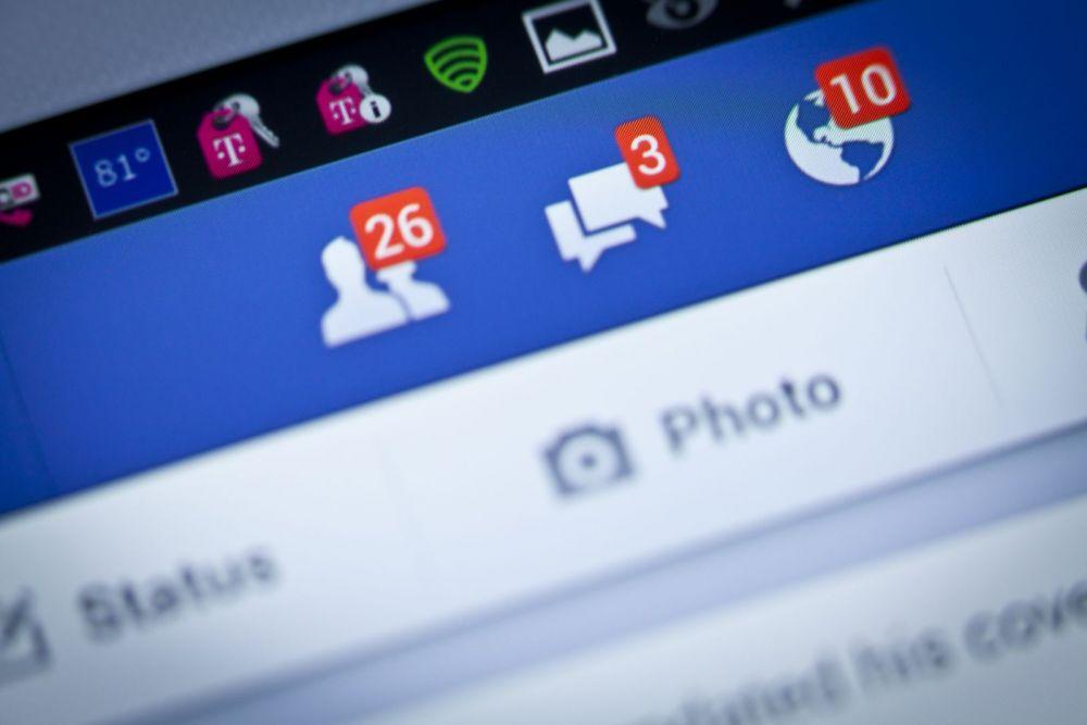 Facebook si Instagram au interzis vanzarea armelor pe site-uri