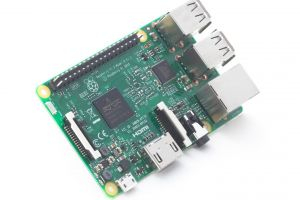 A aparut noul Raspberry Pi 3, calculatorul cat un card. Cat costa noua versiune