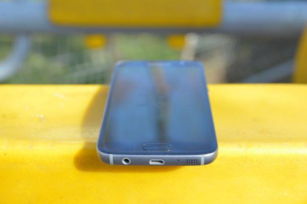 Raspunsul Samsung la mutarea celor de la Apple! Ce telefon ar putea lansa in curand