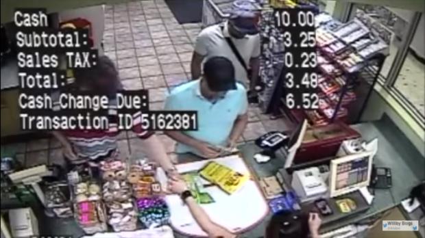 Asa poti pierde bani de pe card in 3 secunde, la magazin. Un hacker face demonstratia. VIDEO