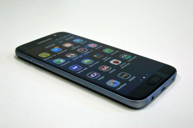 Samsung distruge orice record cu Galaxy S7 si S7 Edge! Peste 10 milioane de precomenzi inregistrate in China