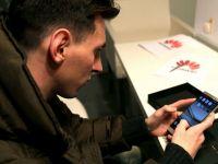 Messi are un nou telefon:  Bateria rezista 2 zile iar pozele arata grozav