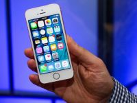 iPhone SE are o componenta care nu functioneaza. Apple investigheaza cazul