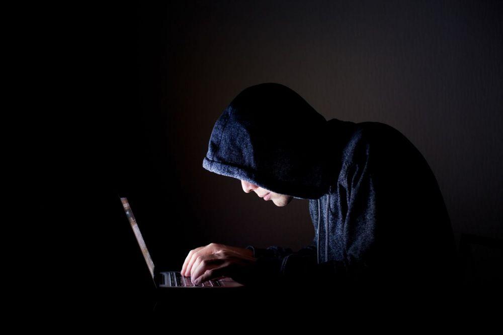 Pedepse de pana la 5 ori mai mari pentru piratii online! Ce tara pregateste sentinta de 10 inchisoare