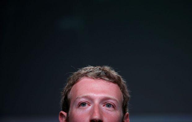 Hackerii au spart conturile lui Mark Zuckerberg! Ce i-au facut fondatorului Facebook