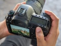 Canon a lansat noul EOS 5D Mark IV - 30,4 megapixeli, filmare 4K si Wi-Fi integrat