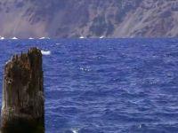 Batranul din Lac , misterul care pare sa incalce legile fizicii
