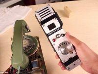 Telefonul cu disc revine la moda, in varianta de mobil! Ce poate face acest model