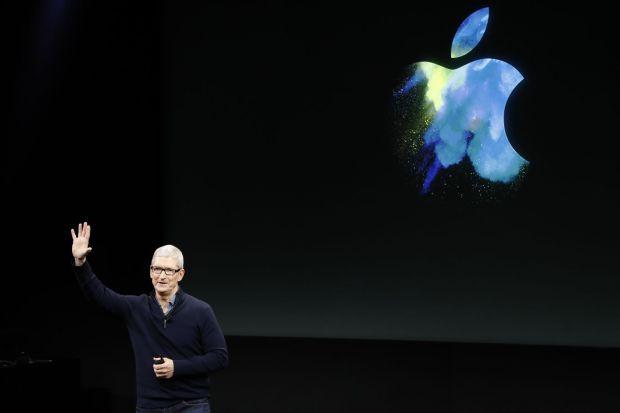 Dezastru pentru Apple dupa o scadere de 71%! Reactia lui Tim Cook dupa anunt