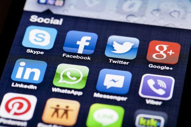 Topul aplicatiilor care consuma cel mai rapid bateria telefonului! Cea de pe primul loc este folosita de toata lumea