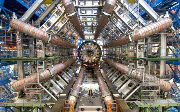 Reusita incredibila la CERN! Pentru prima data, cercetatorii au vazut cum arata antimateria