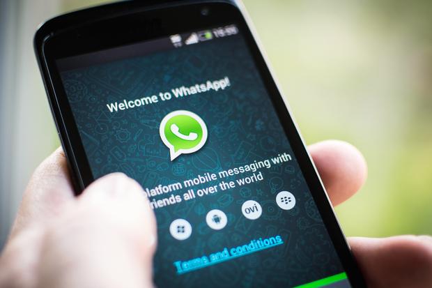 Nu da click daca primesti asta prin WhatsApp! Cum iti fura hackerii datele personale