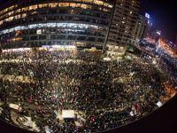 10 imagini de la protestele din Bucuresti care au devenit virale pe net