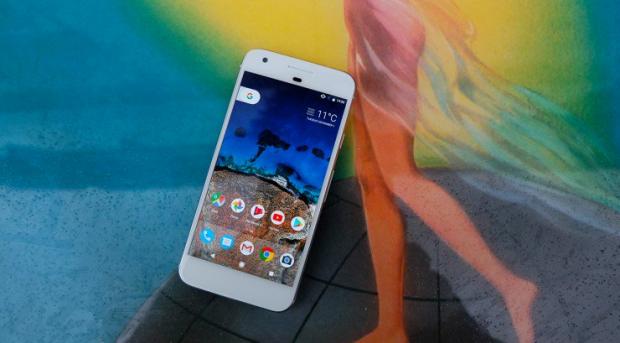 Succesorul unuia dintre cele mai apreciate telefoane din 2016 a fost anuntat oficial