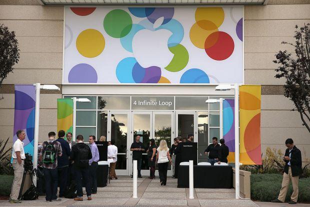 Metodele incredibile prin care angajatii Apple fura produse nelansate inca! Firma a luat masuri radicale