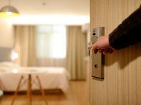 Raport Bitdefender: o grupare de hackeri fura secrete de stat de la politicienii cazati in hoteluri
