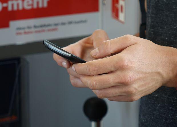 WhatsApp testeaza o noua optiune! Ce vor putea face in curand utilizatorii aplicatiei