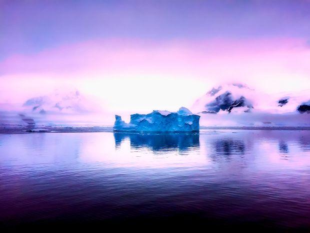 O gaura uriasa s-a format in Antarctica! Cercetatorii sunt ingrijorati de ce au observat aici