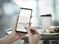 Probleme cu Galaxy Note 8! Ce patesc utilizatorii cand deschid agenda de contacte