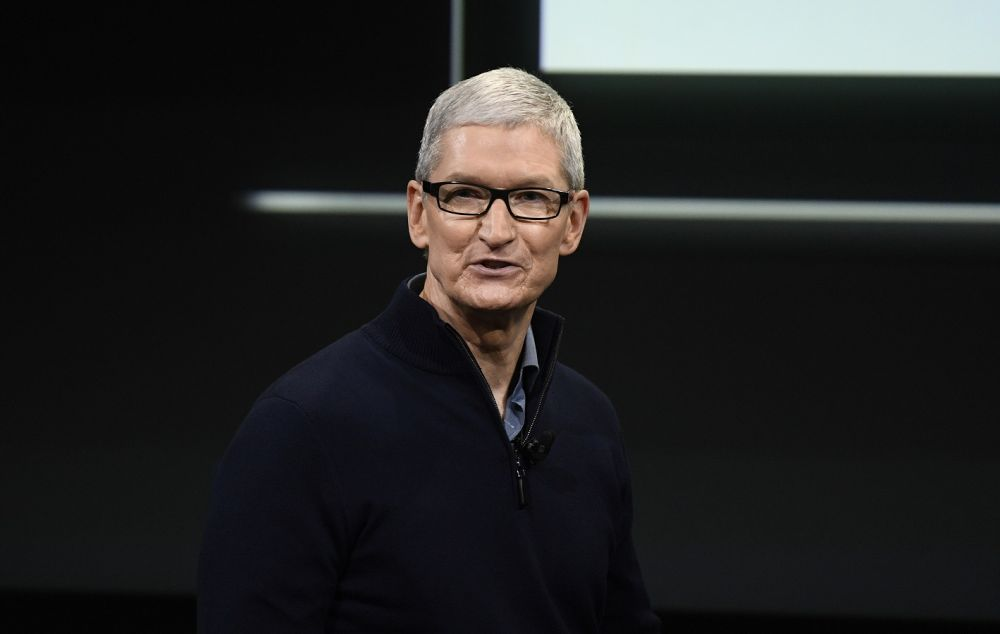 Apple va lansa o casca de realitate augmentata. Compania a obtinut deja un brevet