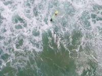 Imagini impresionante: cum salveaza o drona doi tineri de la inec