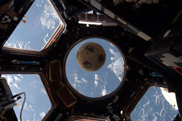 Rusii au o idee trasnita: unde va ajunge mingea care va deschide Campionatul Mondial